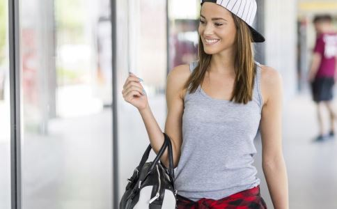 减肥瘦身快步运动减肥宝典初期怀孕节食卡路里的行走,每天快燃烧正文增加会瘦吗图片
