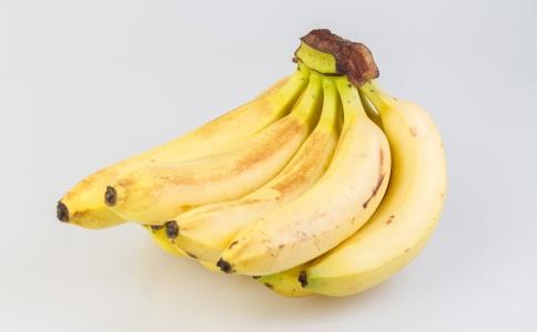 香蕉怎么吃对心脏不好 香蕉的正确吃法有哪些 香蕉怎么吃才正确