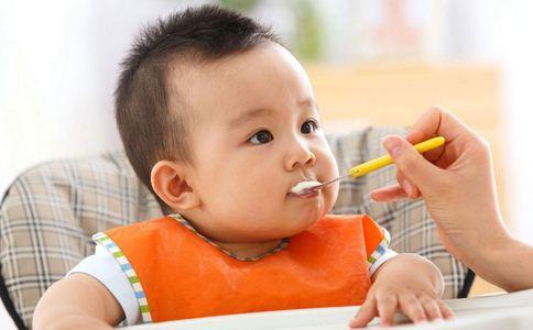 婴儿辅食添加的原则是什么 添加辅食应注意哪些原则 婴儿辅食添加的原则有哪些