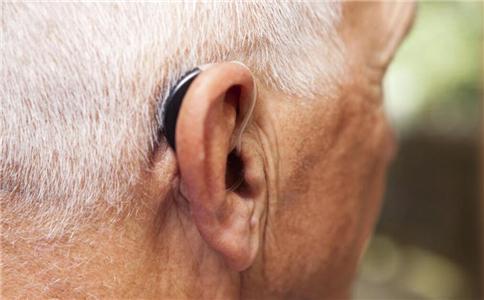 老人听力下降怎么办 如何缓解老人听力下降 如何预防听力下降