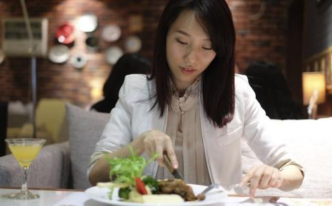 减肥晚餐怎么做 吃什么晚餐能减肥 晚餐怎么吃才健康
