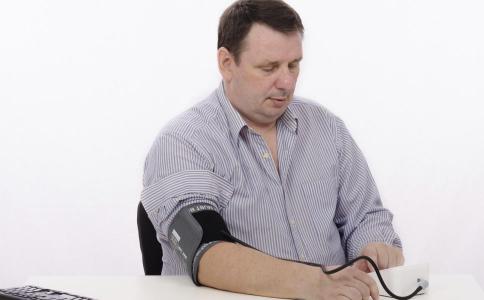 老人如何降血压 老人降血压的方法 吃什么食物降血压
