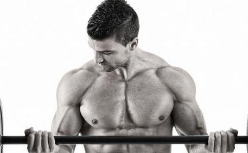 新手如何练胸肌 新手练胸肌的方法有哪些 徒手怎么练出胸肌