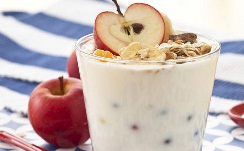 苹果加酸奶如何减肥 苹果有什么功效 苹果加酸奶有什么减肥原理