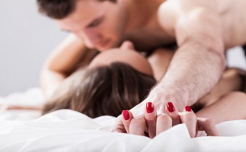 啪啪啪一次可以消耗多少热量 性爱可以减肥吗 可以减肥的性爱姿势有哪些