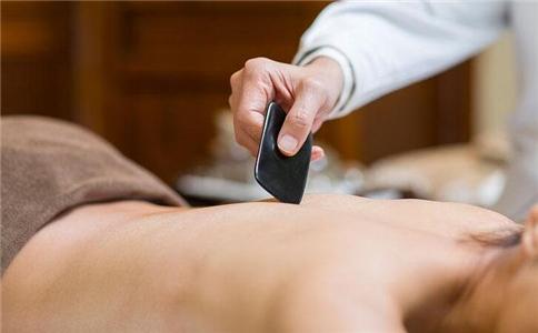 刮痧能治外阴瘙痒吗 外阴瘙痒要注意什么 外阴瘙痒的刮痧疗法