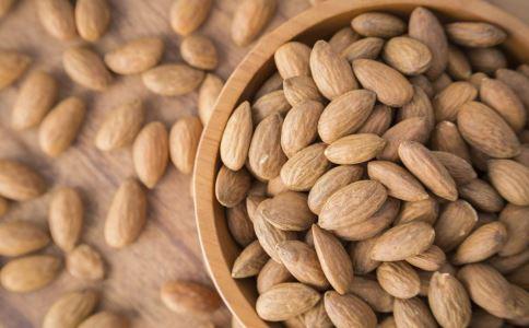 孕妇可以吃杏仁粉吗 产妇可以吃杏仁粉吗 杏仁粉的营养价值