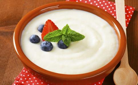 低脂酸奶可以减肥吗 低GI值食物有哪些 低热量的食物有哪些