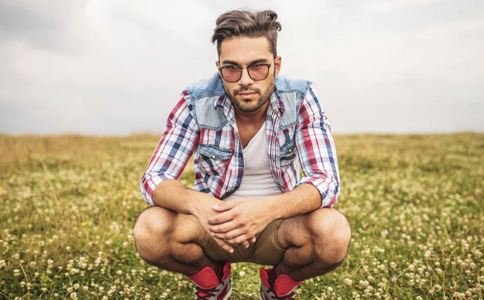 男人不育睾丸有什么表现 睾丸性不育的症状 如何预防睾丸疾病