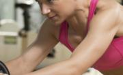 健腹轮能练出腹肌吗 推荐3种锻炼法