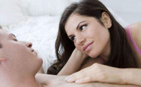 性病的原因有哪些 哪些行为会传染性病 性病的早期症状有哪些