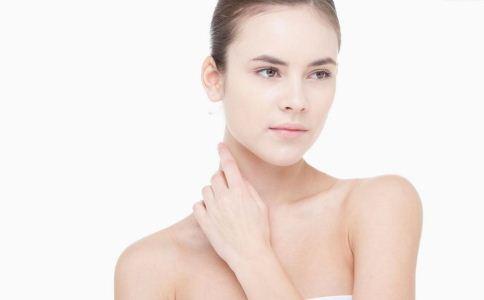 颈纹多怎么办 如何去除颈纹 去除颈纹的方法