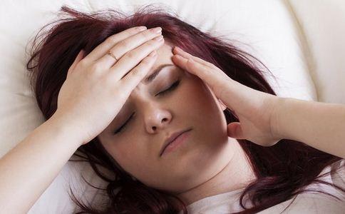 产后发烧的原因是什么 哪些因素引起产后发烧 产后新妈妈为什么会发烧