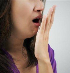 口臭会是什么疾病 怎么去除口臭 口臭是什么原因