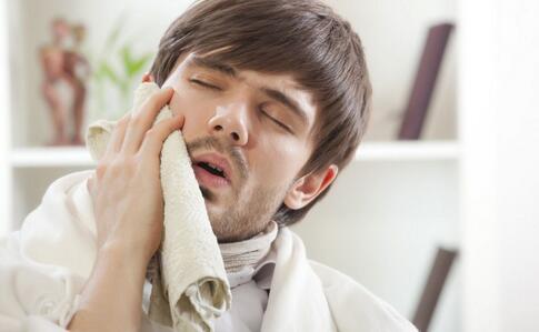 智齿一定要拔吗 智齿有哪些危害 智齿有什么危害