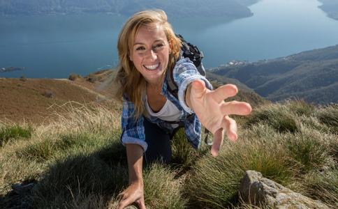 攀岩有什么好处 攀岩如何减肥 攀岩的好处有哪些