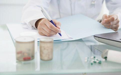 鼻炎的危害有哪些 鼻炎会带来哪些危害 治疗鼻炎的方法有哪些