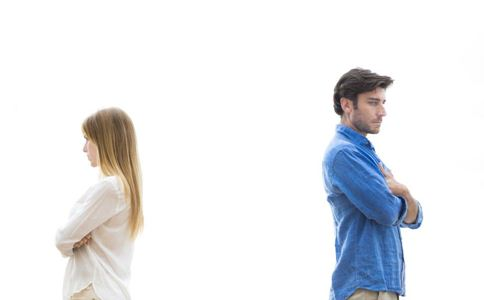 女性哪些表现说明变心了 女性变心的表现 如何看出女性变心了