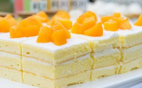 黄桃有什么营养 黄桃的做法有哪些 黄桃蛋糕怎么做