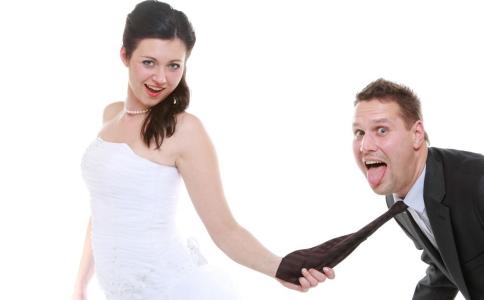 导致婚前恐惧症发生的原因有哪些 婚前恐惧症的病因有哪些 婚前恐惧症的症状有哪些