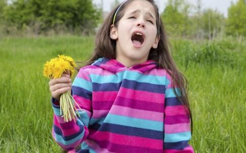 花粉过敏 春季必防五大皮肤过敏原因_健康快讯