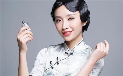 化妆有哪些方法 化妆小技巧有哪些 化妆的简单步骤是什么