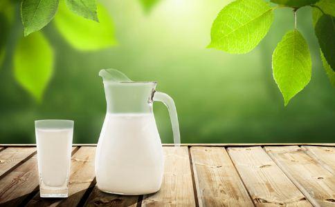 牛奶面膜怎样敷最护肤 牛奶面膜可以天天敷吗 牛奶面膜多久敷一次