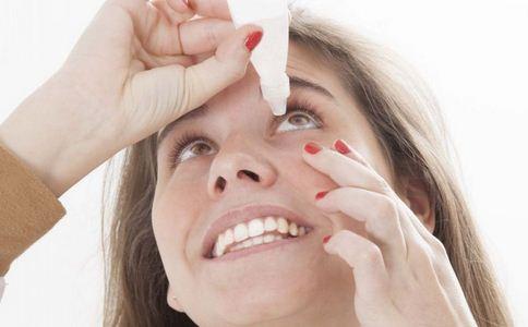 眼睛肿了怎么办 眼睛肿了如何消肿 眼睛消肿的方法有哪些