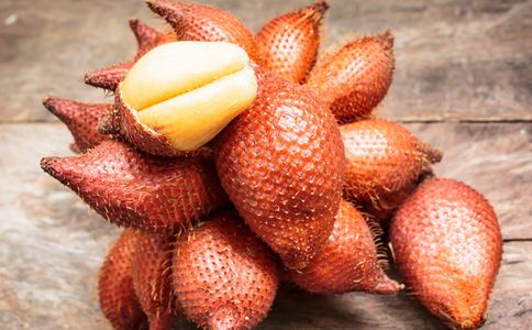 蛇皮果有什么营养 蛇皮果的功效有哪些 蛇皮果有什么食用方法