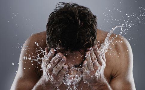 男性如何护肤 男性护肤的方法有哪些 男女护肤有什么不同