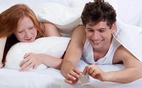 男人使用避孕套的误区有哪些 男人使用避孕套的方法 男人使用避孕套的常识
