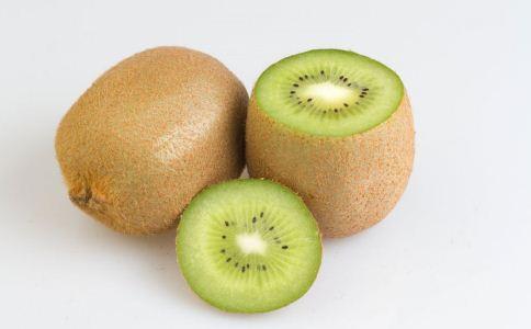 皮肤黑怎么办 吃什么水果美白肌肤 女人如何美白肌肤