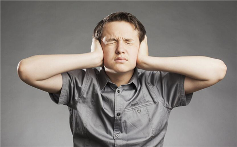 刮痧能治耳鸣吗 耳鸣是什么原因 耳鸣的刮痧疗法