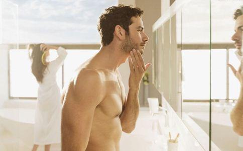 男人护肤需要注意哪些 男人护肤知识有哪些 男人护肤的方法