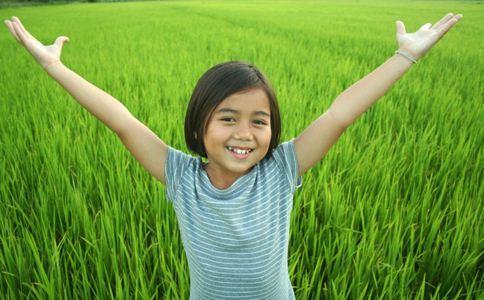 如何让孩子和同伴相处 如何孩子和朋友友好相处 孩子和同伴相处的方法