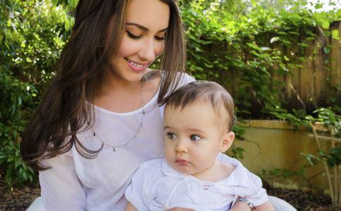 宝宝喉咙发炎该怎么办 宝宝喉咙发炎怎么办 宝宝喉咙发炎