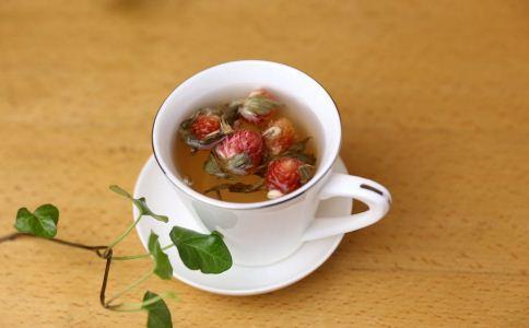 春天应该喝什么茶 女人春季上火怎么降火 春季喝什么茶降火