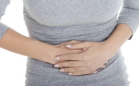 哪种胃病不能喝牛奶 胃病患者能喝牛奶吗 胃病由什么引起的