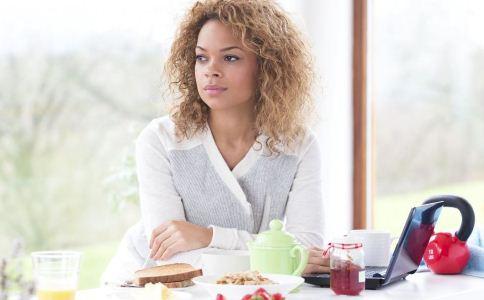一日三餐怎么吃能减肥 吃什么食物能减肥 女人如何减肥