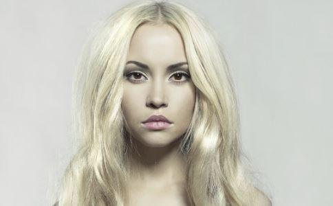白发怎么办 白发如何预防 白发是什么原因