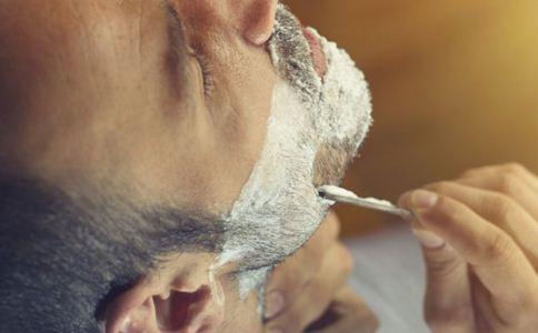 男人肌肤护理方法有哪些 男人吃什么美容 男人护肤的方法