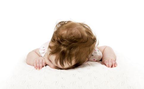 隋棠女儿满月发量惊人 怀孕吃什么胎儿头发好 孕期吃什么胎儿头发黑