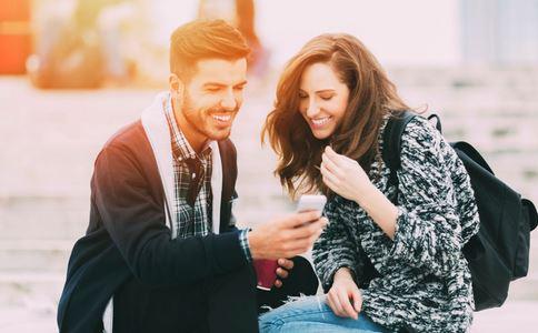 怎样吸引男人永远爱你 女人如何吸引男人永远爱你 如何吸引男人来爱你