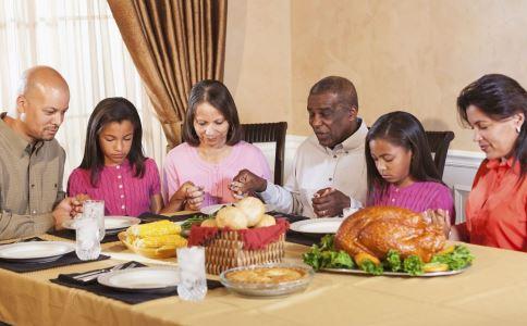 吃饭有什么讲究 如何吃饭好 吃饭要注意什么