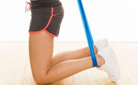 如何练比目鱼肌 怎样锻炼比目鱼肌 拉伸如何练比目鱼肌