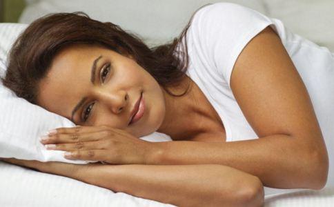 黄豆枕头治颈椎病是真的吗 黄豆枕头的好处 黄豆枕头怎么做