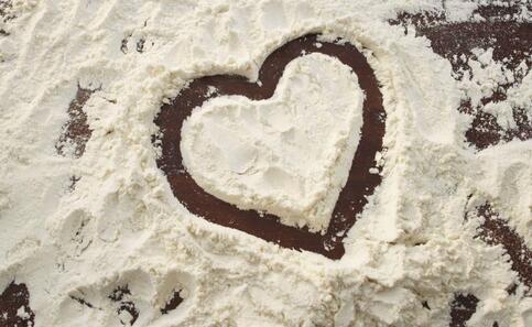 面包店用过期面粉 过期面粉的危害 如何采购面粉