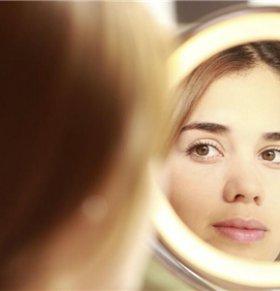 中医如何祛除色斑 中医祛除色斑的方法是什么 祛除色斑吃什么