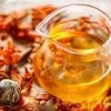 百合花茶的功效与作用 百合花泡水喝的功效 百合花茶有什么好处