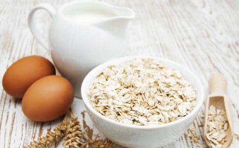 男人吃燕麦有什么功效 男人吃燕麦有什么好处 男人想要改善性功能吃什么